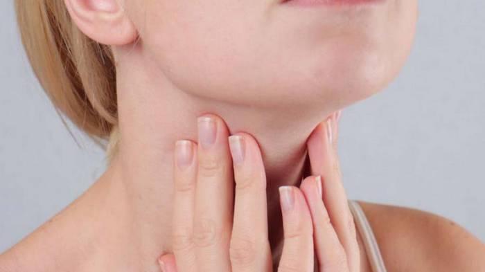 Луковый компресс на шею