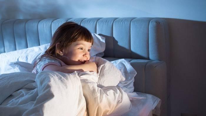 Вот что скрывается за просьбой ребенка попить воды перед сном