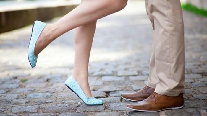 Чтобы не натереть ноги в летней обуви, я всегда беру с собой… 8 эффект...