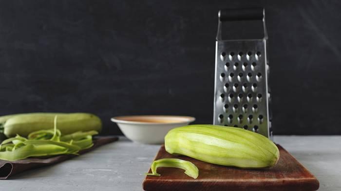 Зачем заворачивать кабачки в пленку и оставлять в холодильнике
