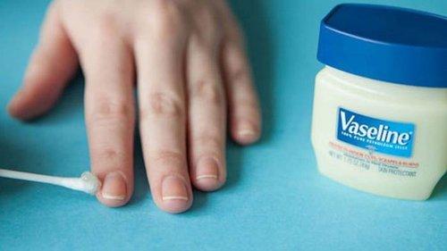 Как использовать вазелин в косметических и хозяйственных целях