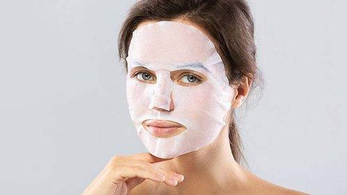 Зачем делать маску из глины и кокосового масла