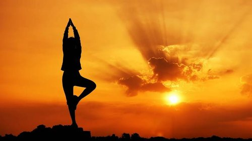 С этим комплексом упражнений йоги сколиоз не страшен