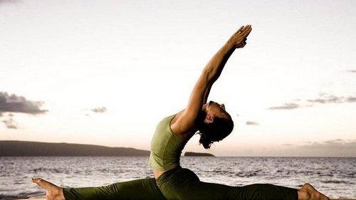 Если ты мечтаешь сесть на шпагат — эти упражнения помогут