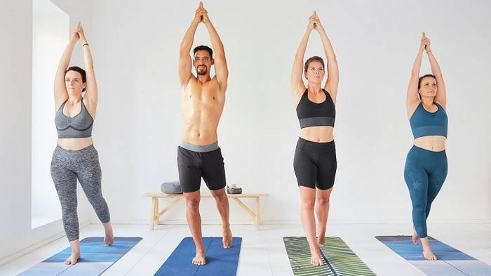 8 простых упражнений для разминки бедер