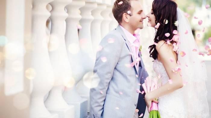 Почему не стоит брать фамилию мужа