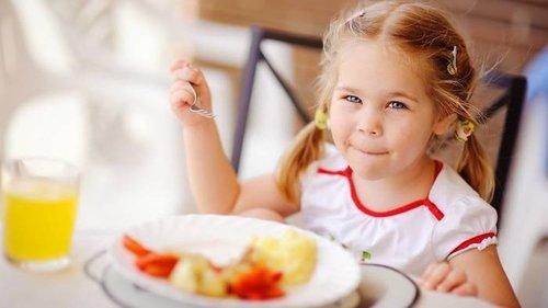 10 правил питания, о которых знает каждый европейский ребенок
