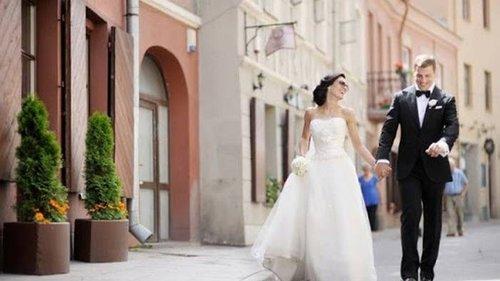 Почему не рекомендуется устраивать пышную свадьбу