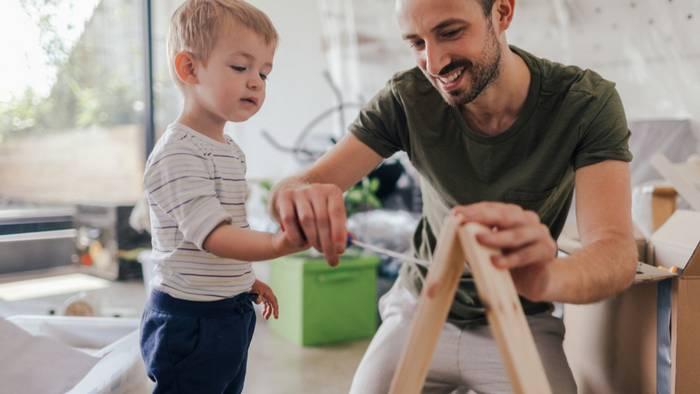 Как помочь мальчику стать самостоятельным