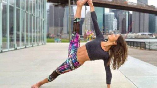 Эти 8 поз йоги — комплексная тренировка для всего тела