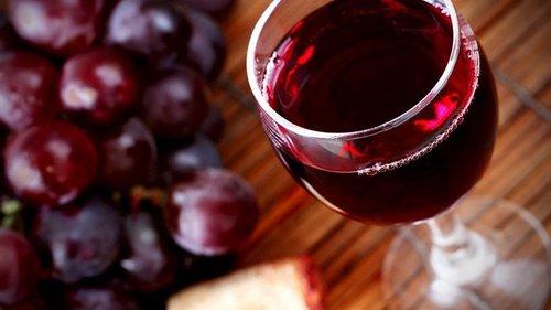 Как один бокал красного вина в день повлияет на твое психическое здоро...