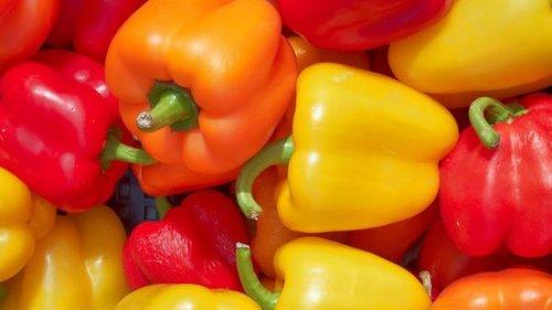 Как правильно чистить болгарский перец