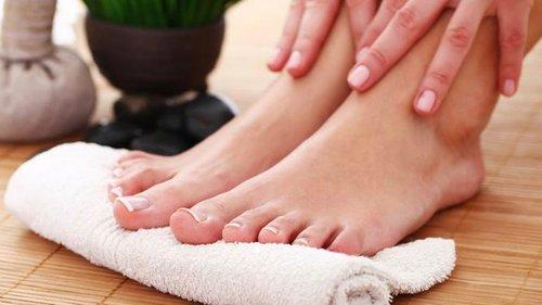 Именно поэтому делать массаж ног каждый вечер так ценно