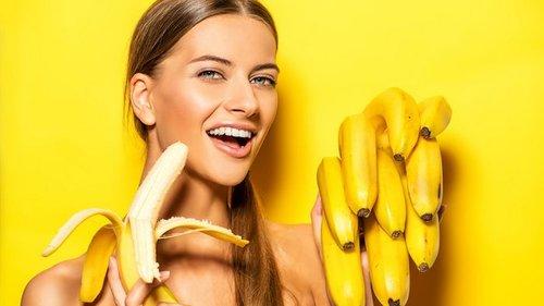 Вот что произойдет с твоим телом, если есть 2 банана каждый день в теч...