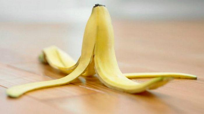 Вот что банановая кожура может сделать с твоей кожей: эффективней средства я не встречал