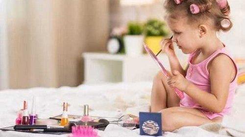 Детская косметика вредит здоровью малышей