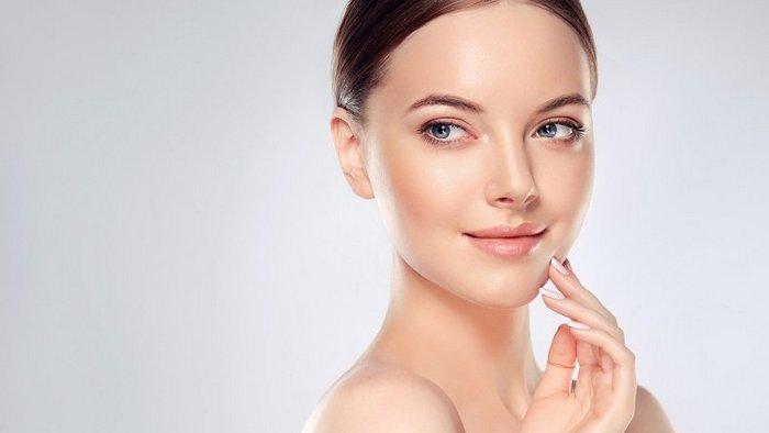 Как выровнять цвет лица: простая маска для решения распространенных проблем с кожей