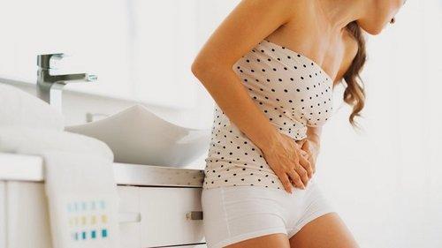 Почему болит живот: 7 причин для немедленного реагирования