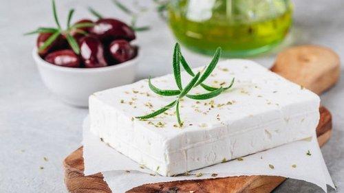 Что вы не знаете о пользе козьего сыра