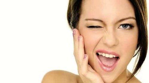 Скорая помощь при обвислых щеках: эти 4 упражнения вернут им упругость...