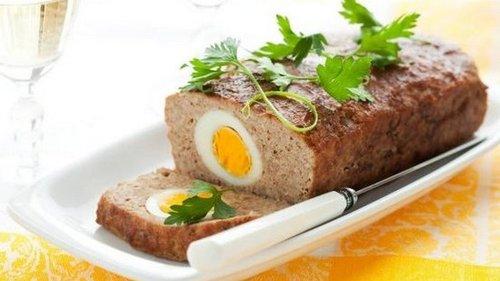 Как приготовить фарш с яйцом в духовке