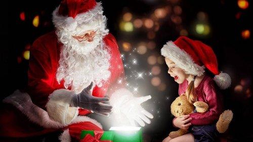 Нужен ли ребенку Дед Мороз