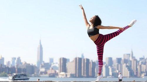 8 дельных советов, которые помогут исправить осанку и предотвратить остеохондроз