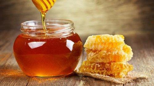 Мёд и орехи — яд в чистом виде! 6 сочетаний продуктов, которыми ты травишься ежедневно