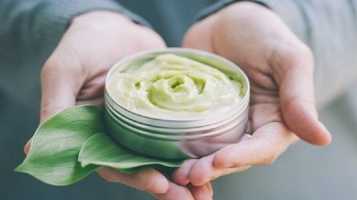 Зачем делать маску из зелени