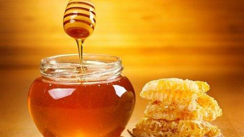 Чем опасен мёд