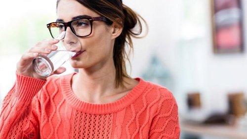 Почему для здоровья сердца необходимо пить много воды