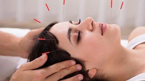 Безопасная процедура для разглаживания морщин на лице