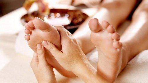Почему нужно чаще делать массаж ног