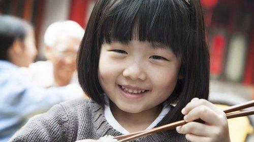 Почему японцы не ходят в гости и не пользуются урнами