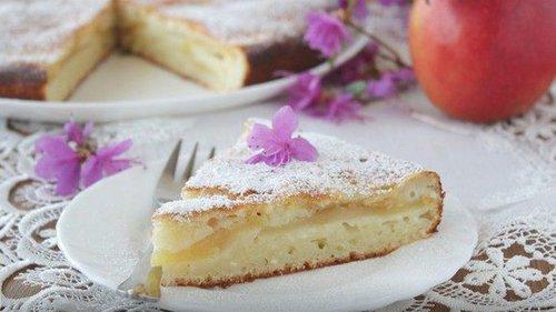 Как приготовить творожный пирог с яблоками