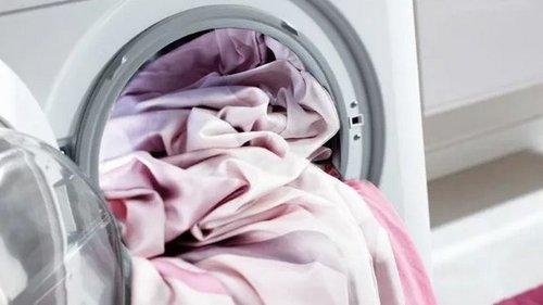 Чем лучше стирать постельное белье