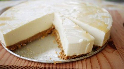 Рецепт сметанного торта без выпечки