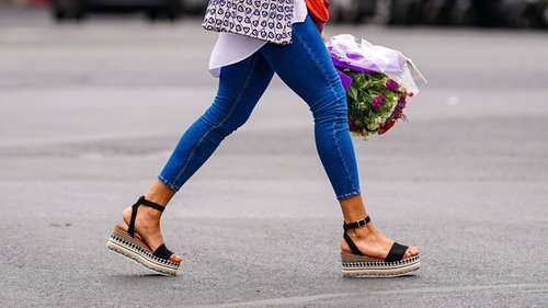 Какая летняя одежда добавит сразу 10 лет даме, ее можно смело раздать ...
