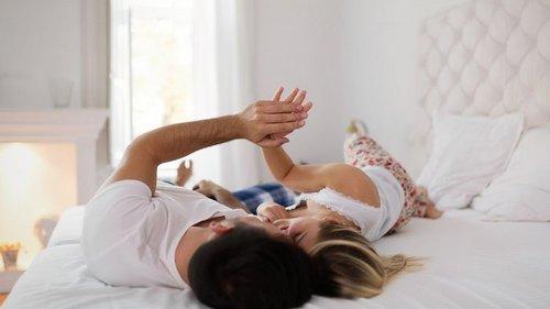 Что поможет разжигать костер страсти в браке каждый день