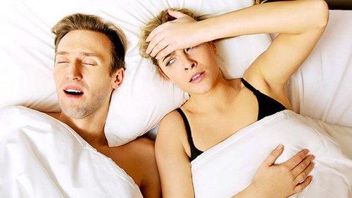 Спокойствие, только спокойствие: как перестать мешать спать партнеру