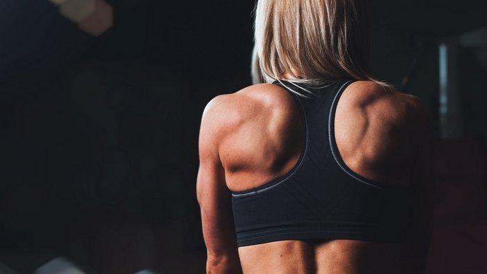 Повышенный тестостерон у женщин: как распознать и что делать