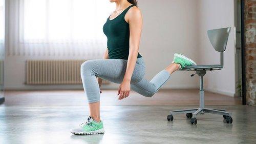 И спереди, и сзади: самые эффективные упражнения для живота и ягодиц