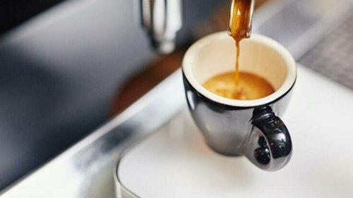 Без кофе болит голова: как справиться с симпотомами отмены кофеина?