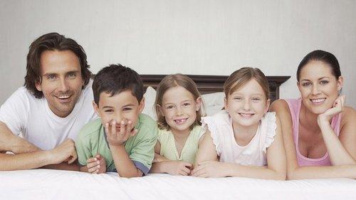 Средний ребенок в семье: как строить отношения с таким мужчиной