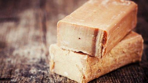 10 способов применения хозяйственного мыла, о которых вы не знали