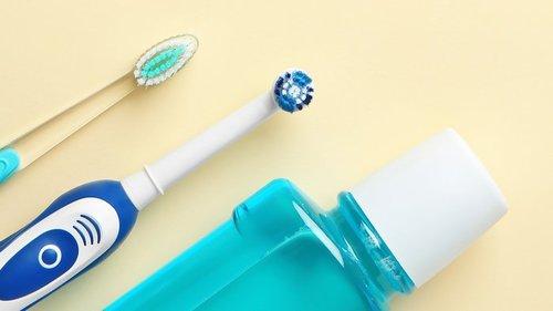За и против: стоит ли покупать электрическую зубную щетку?