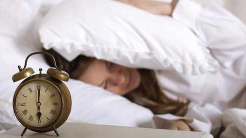 Трудно просыпаться утром