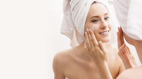 Профессиональная косметика для лица: что лучше использовать для домашнего ухода за кожей