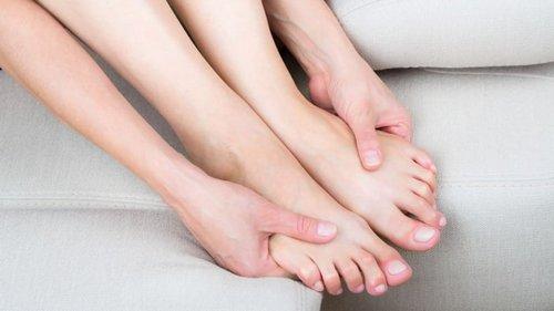 Первыми об опасном холестерине нам «сигналят» ноги