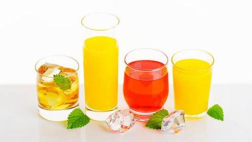 Медики назвали сок, который лучше всего укрепляет стенки сосудов